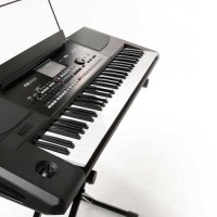 Korg PA300 Arranger Keyboard